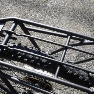 マウンテンバイクに荷台を取り付けた Ibera IB-RA5
