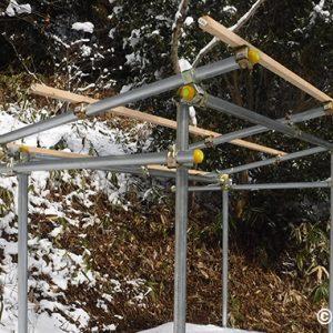 薪小屋を単管パイプで作ってみる2
