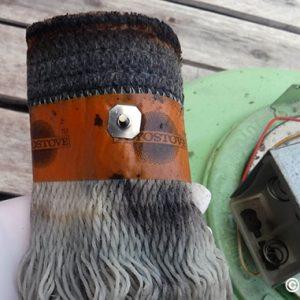 トヨトミのレインボーストーブの芯を調整する